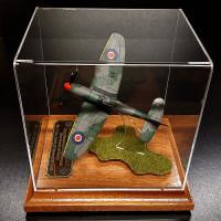 Hawker Tempest Mk. V. Сувенирная модель самолета. Масштаб 1:72