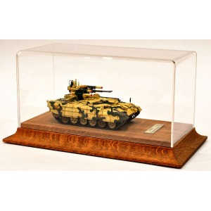 Короб, бокс, футляр для танков 1:72 на деревянном основании.